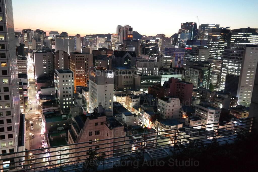 19th floor night view