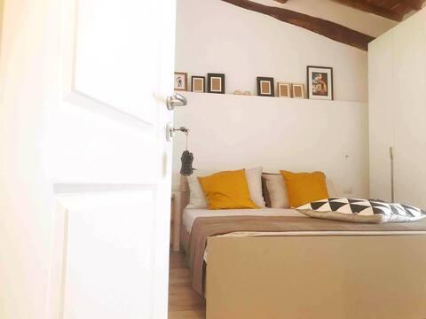 CALIMARA18 Mini Suite with private bathroom