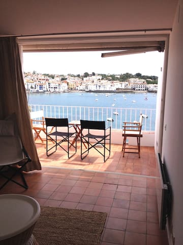 Classic and stylish home in the heart of Cadaques