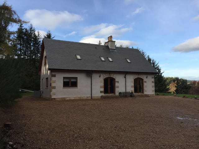 Luxury detached villa, Glenlivet