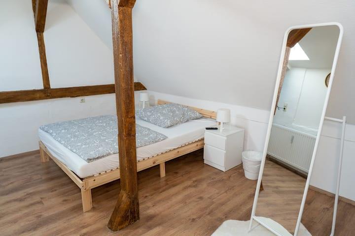 Ganze Wohnung 3 Betten 3 Zimmer sehrZentrale Lage