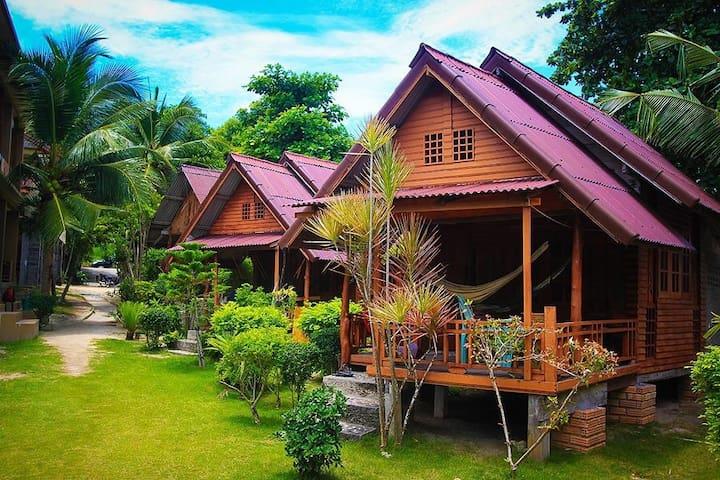HUT SUN bungalows fan bungalows r. 3