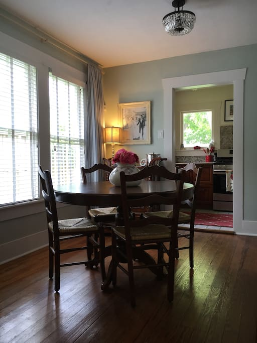 Small dining room with seating for 4