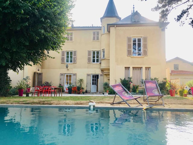 Charming Bed n B suite very close to Lyon