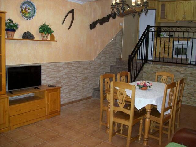 Cara Rural Familiar (Murcia) 4/5 personas