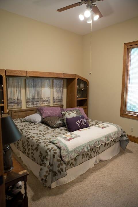 """The Manor at Becks Lake-""""Becks Lake"""" Suite"""