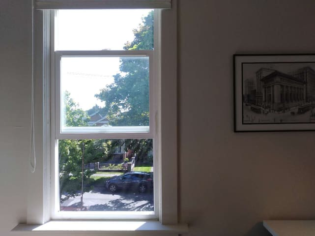 Private Room Double Bed,Vancouver W