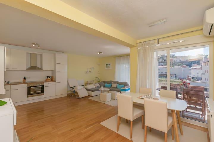 Jednoosobowy Apartament, Podstrana, Taras