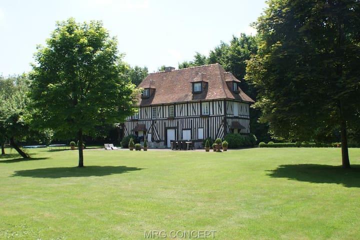 Propriété proche Deauville - Bourgeauville