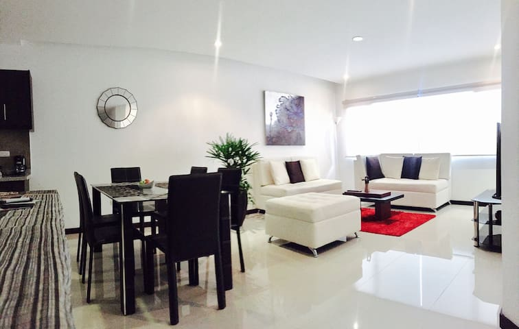 Exclusive Location, Central Cuenca - Conca