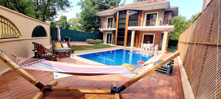 Yasemin Villa Sapanca müstakil havuzlu
