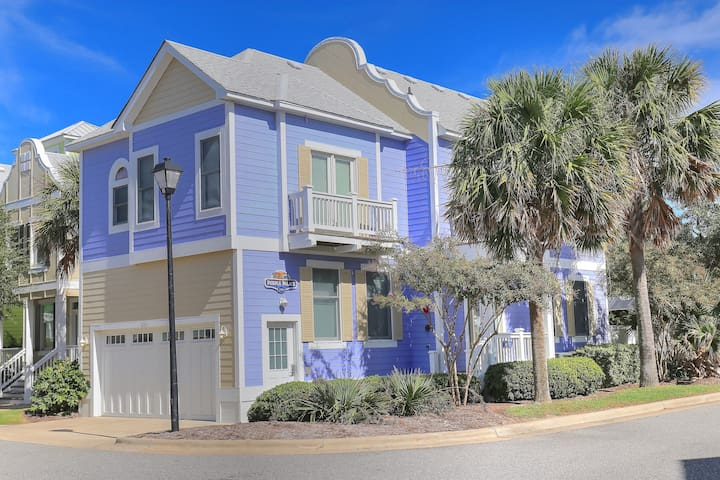 Purple Palace at Devonshire Place 3 Bedroom Home