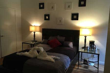 Cozy Masterbedroom in Hollywood - Byt