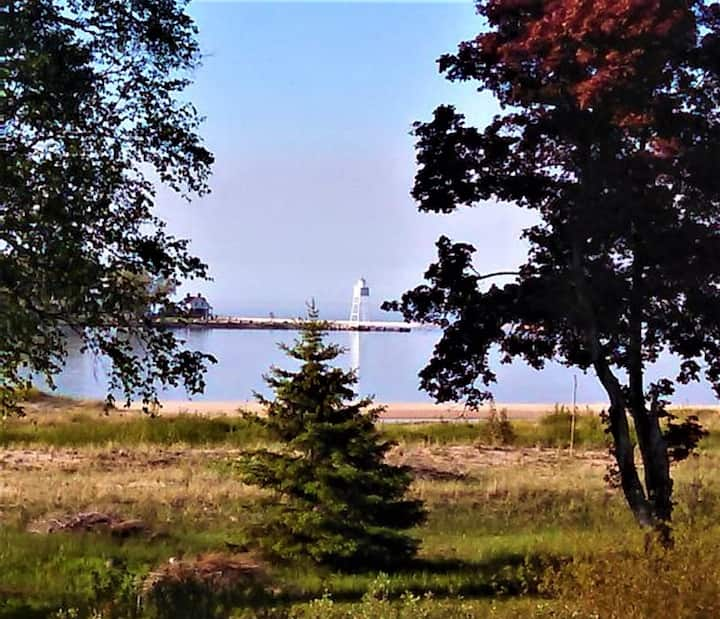 Great Views of the Lighthouse and Bay!!  4xSeasons