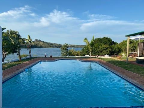 Juni´s Place Chidenguele- Casa com vista a lagoa