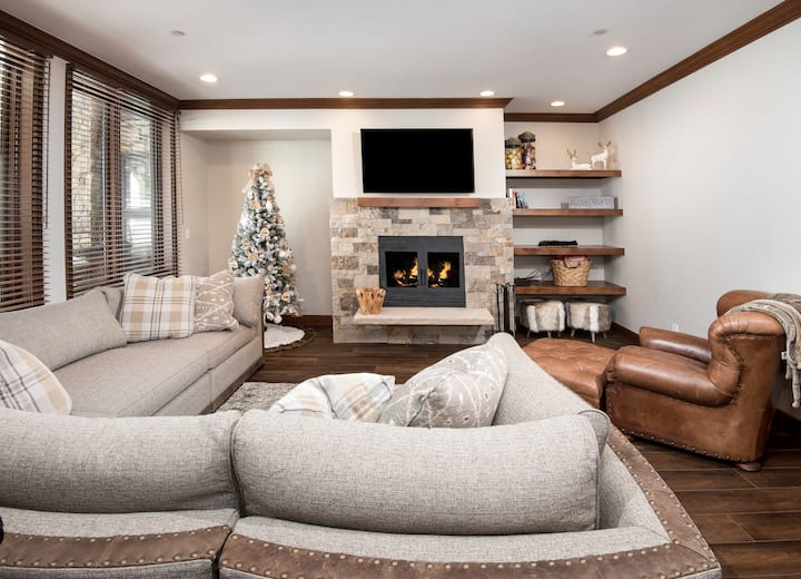 Completely Remodeled Ski-in/Ski-Out Condo in Beaver Creek- Excellent Location