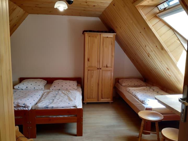 Pokoje/Rooms 1 and 2 w Czorsztynie