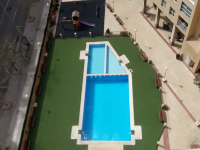 Piscina 10:00A 22:00 Piso Completo Only For two