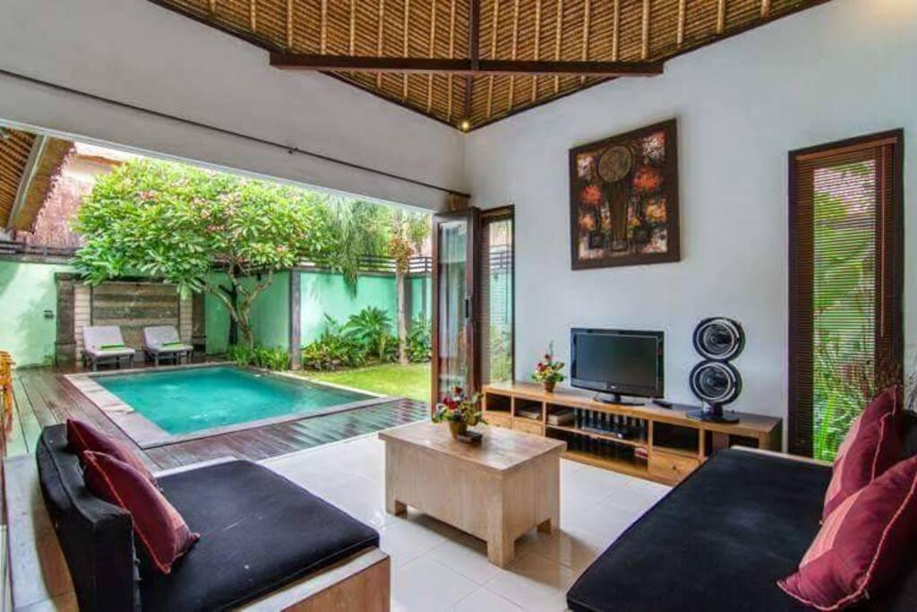 1 Bedroom Private Pool Villas, Staff Service
