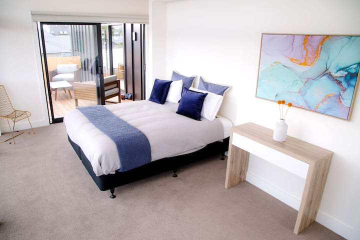 Master bedroom. Has an ensuite and large walk in wardrobe.