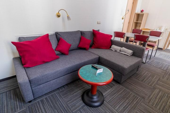 Mons center. Apart'Hotel 52