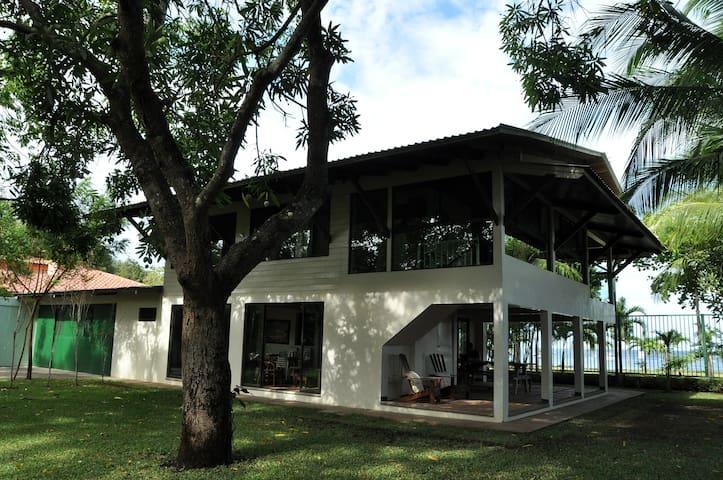 Casa Bansbach - Beach Front Coco - Coco - House
