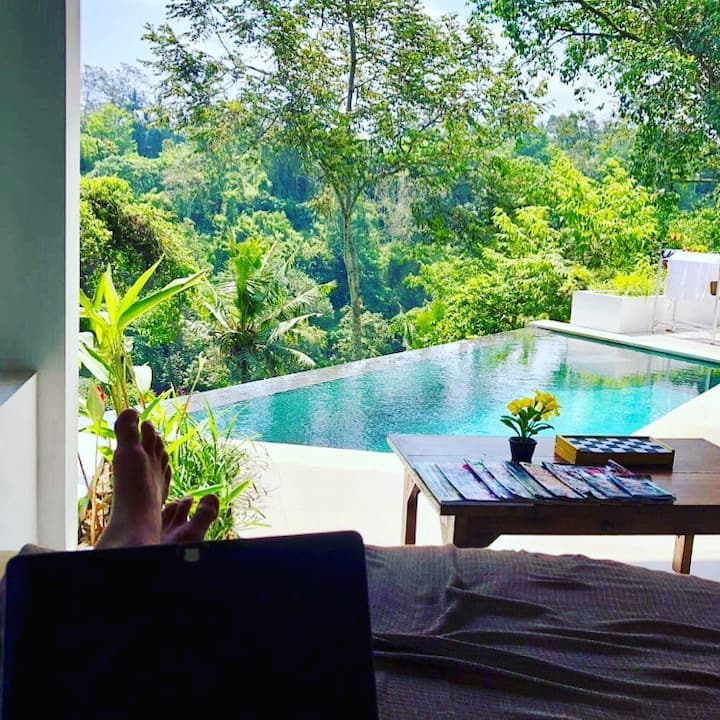 Cahaya Indah Villas Widuri Pool Villa.