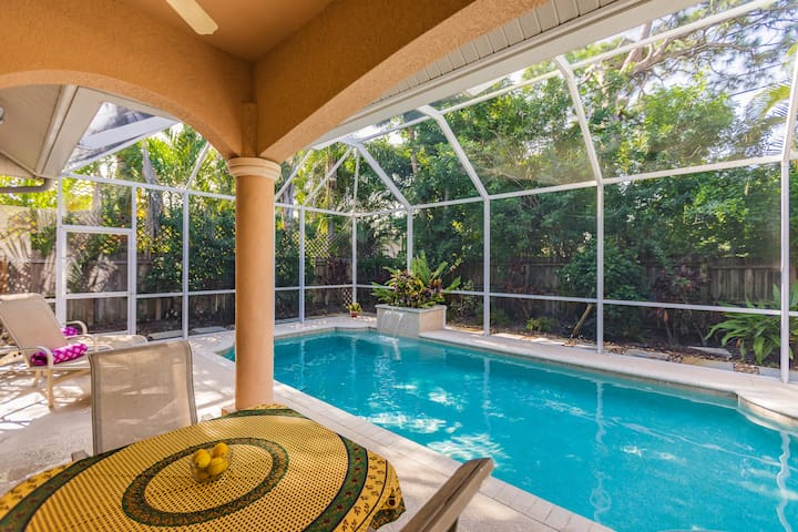 Enjoy grilling by the pool