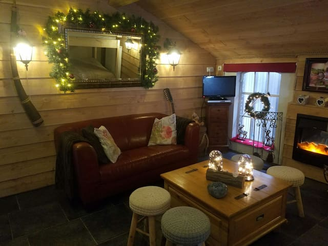 Special cottage in romantic style!Just try it out!