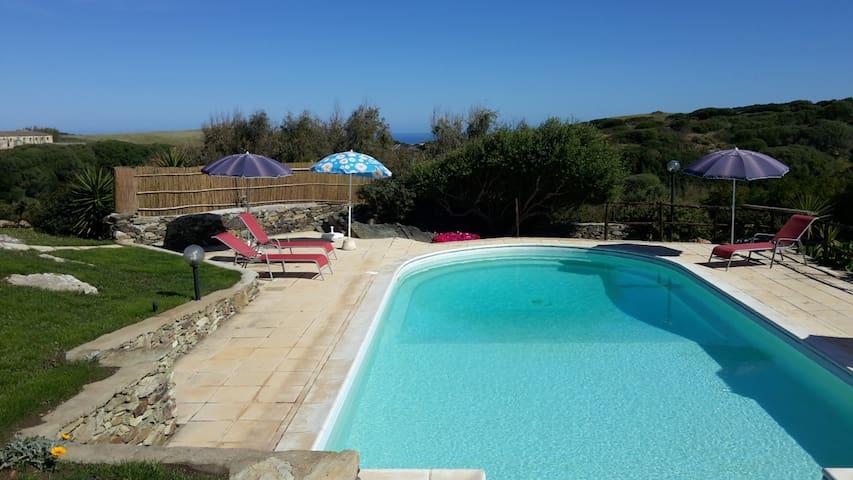La Chintana B, villa con piscina - Sassari - 타운하우스