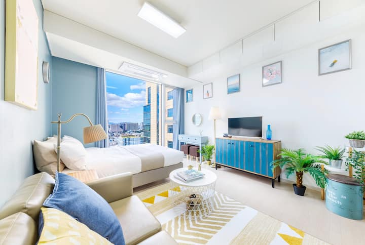#3 Clean & cozy room right next to Gangnam Station