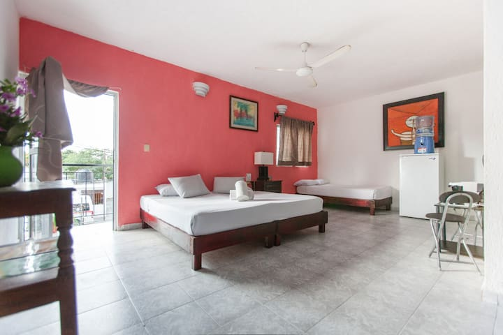 Studio downtown with balcony and roof terrace - Playa del Carmen