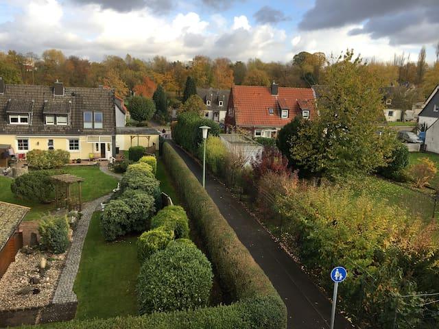 Komfortny 2 izbovy byt s balkonem v zelenem Essene