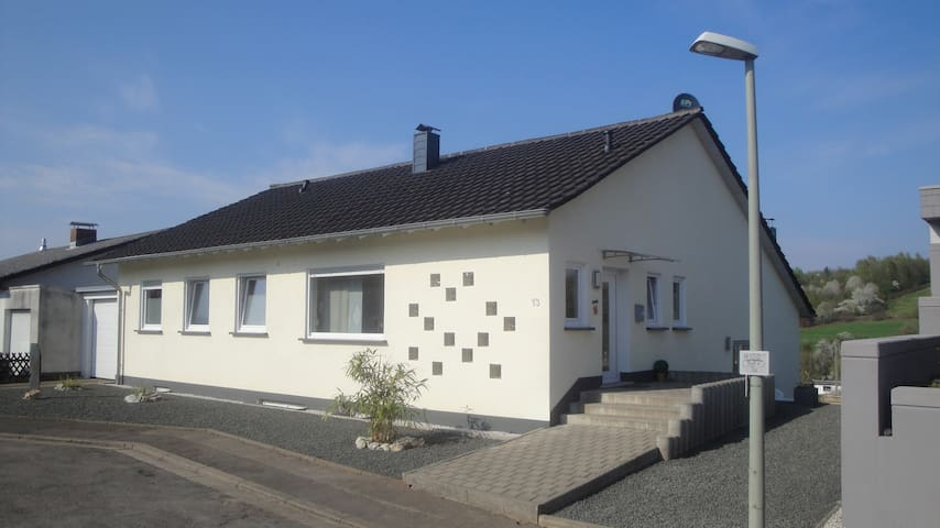 Haus Flair in bester ruhiger Lage in Lebach