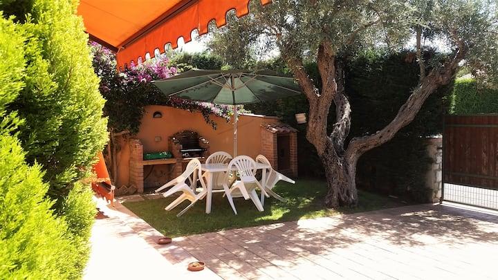 Appartamento relax con giardino