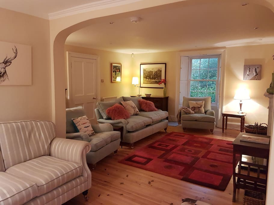 The Drawing Reading Room Perfect for family Entertaining