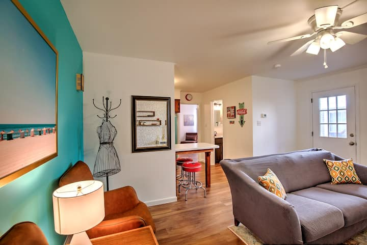 Mid-century modern apartment downtown Selinsgrove