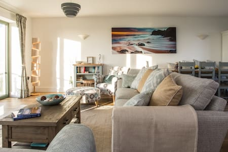 3-bed house on South Devon coast: stunning views