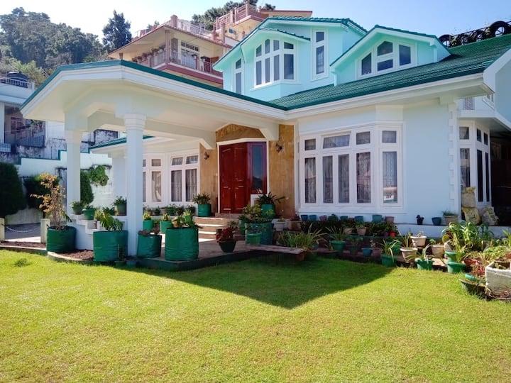 Brio Villa Homestay - 2.5 Bedroom Apartment
