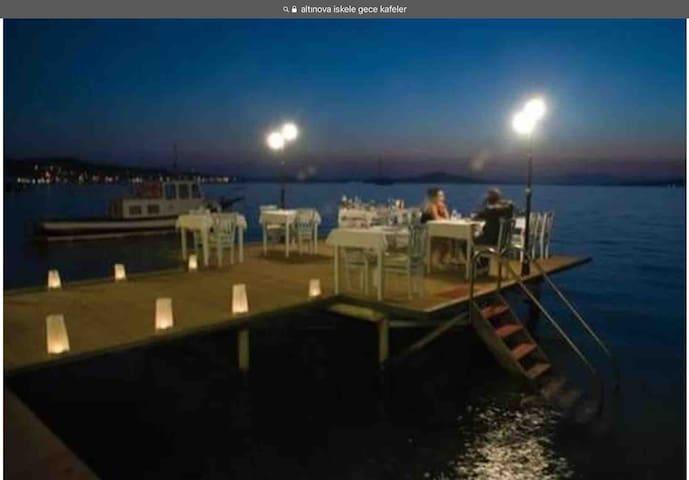 Denize 50 m uzaklıkta şirin yazlık villa