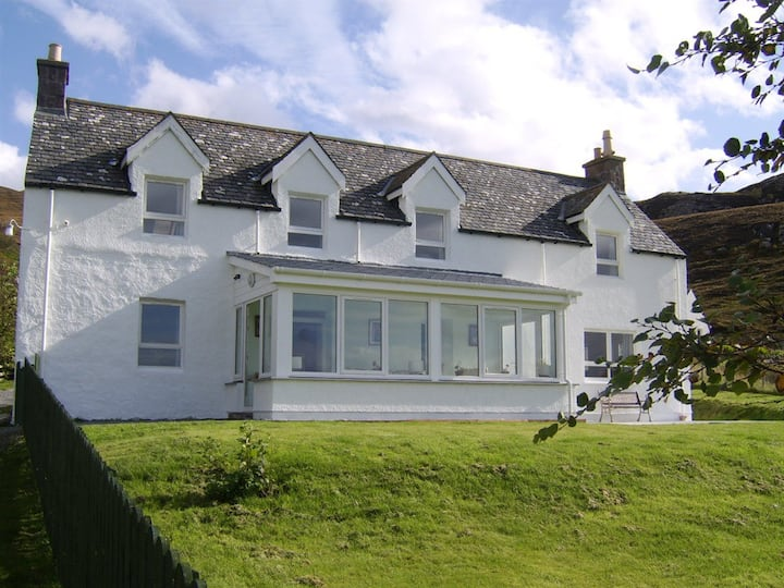 Croft Cottage - near beach with stunning views
