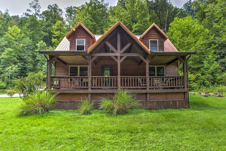 Brookside 3BR Red River Gorge Home w/Master Suite!