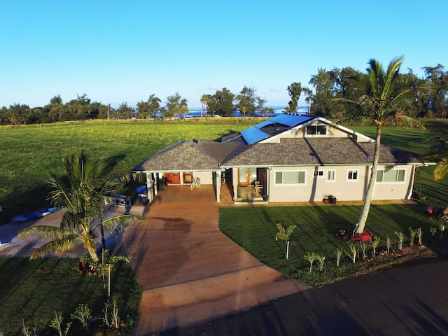 North Shore Country Villa brand new on 3 acres
