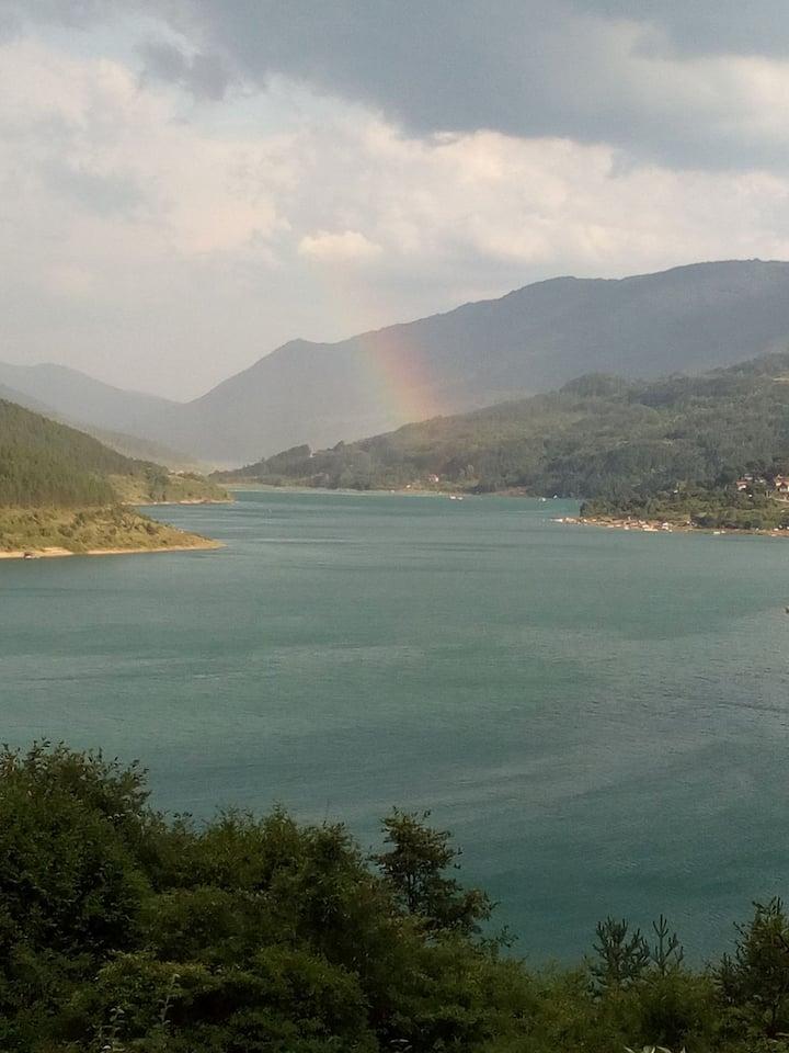 Vila Sjajna Zavojsko jezero