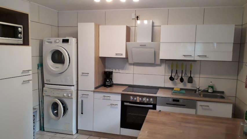 Hell & Ruhig –  Schöne Souterrain Wohnung in Marl