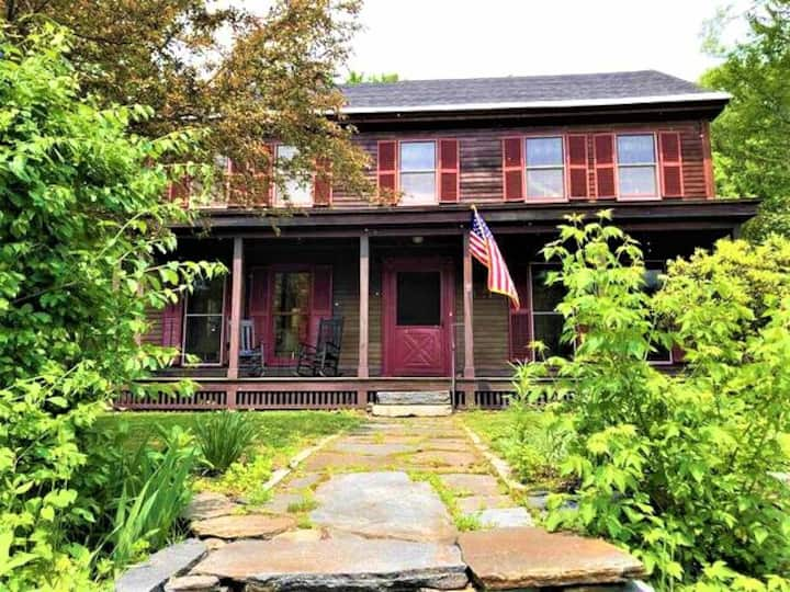 1834 Historical New England Colonial Home