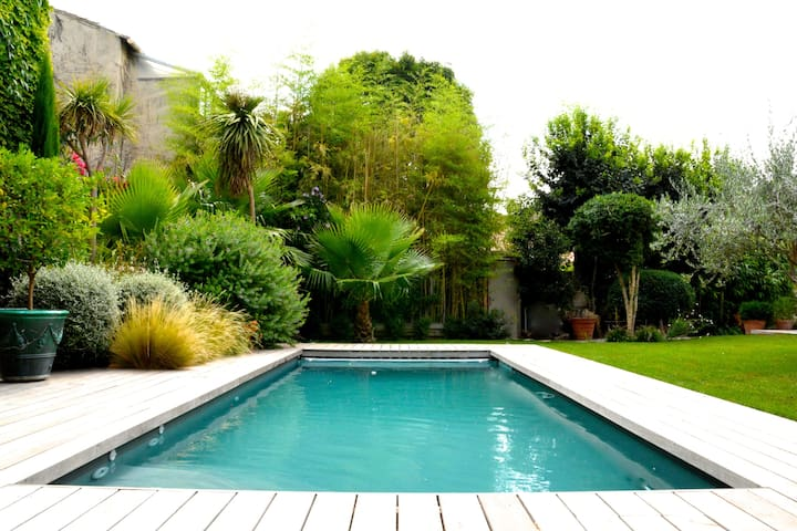 Villa with pool in Montpellier