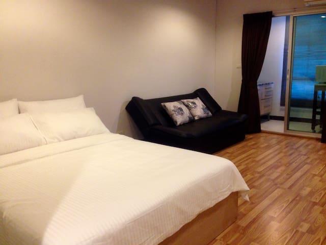 Cozy condo @Yak Kasetsart University