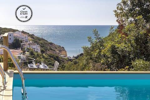 Villa Diane, Luxus-Ferienhaus, Meerblick, Pool