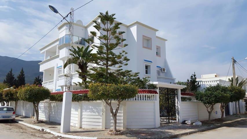 Belle Villa bord de plage - Mer de Hammam Chatt - Rumah